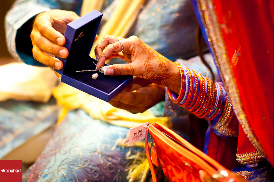 indian-engagement-photography-117