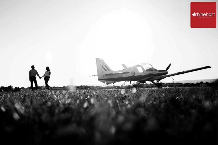 pennsylvania-engagement-photographer-airplane-201