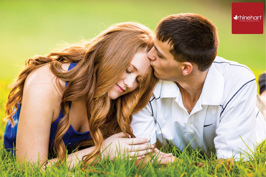 reading-engagement-photographer-3031