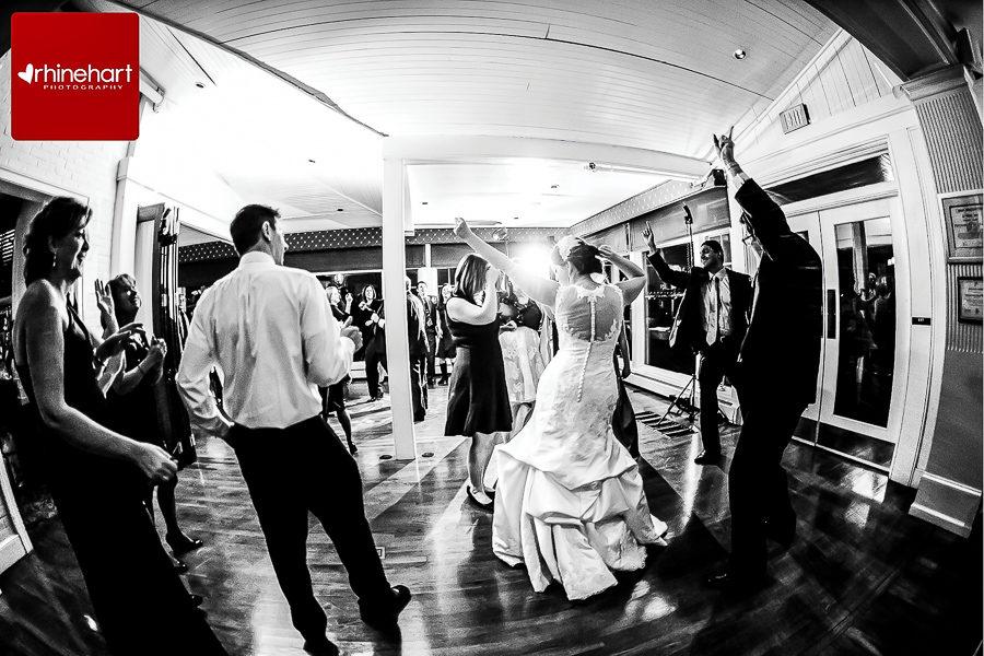 corinthian-yacht-club-philadelphia-wedding-photographer-234
