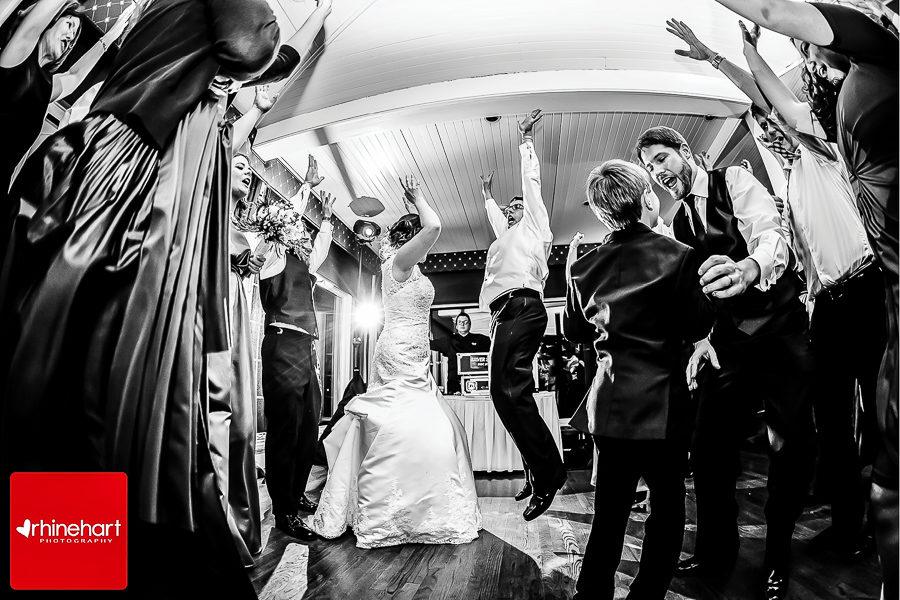 corinthian-yacht-club-philadelphia-wedding-photographer-235