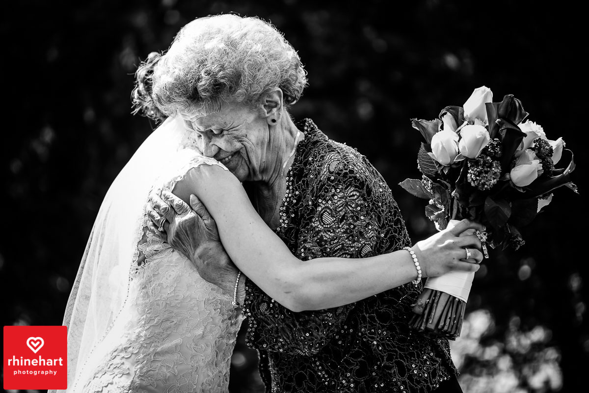 capriottis-wedding-photographer-hazleton-108