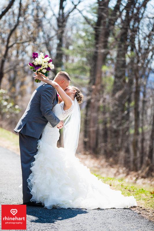 capriottis-wedding-photographer-hazleton-122