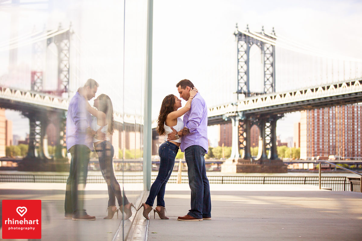 nyc-creative-engagement-photographer-brooklyn-bridge-engagement-photography-art-best-1