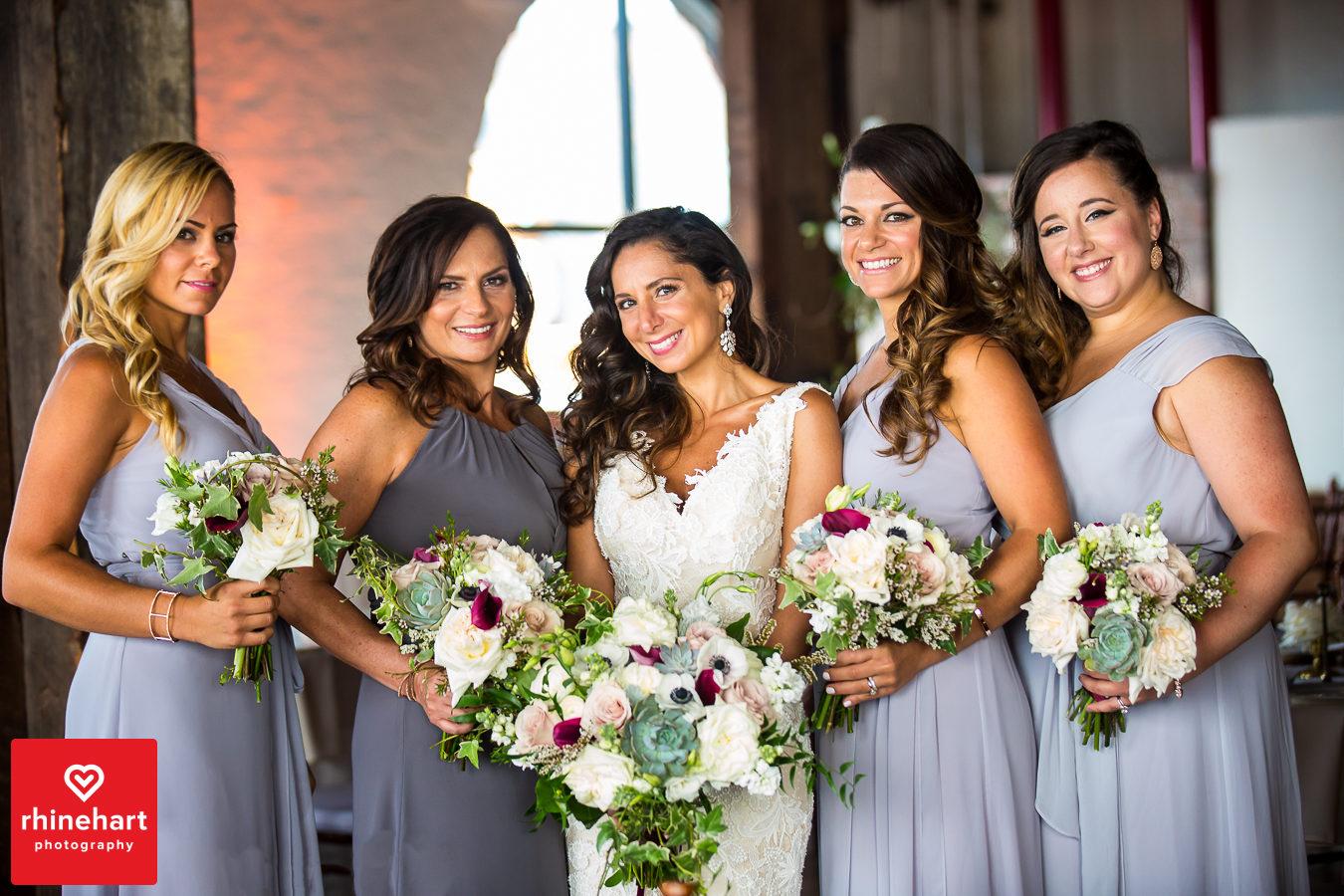 liberty-warehouse-wedding-photographers-creative-brooklyn-10