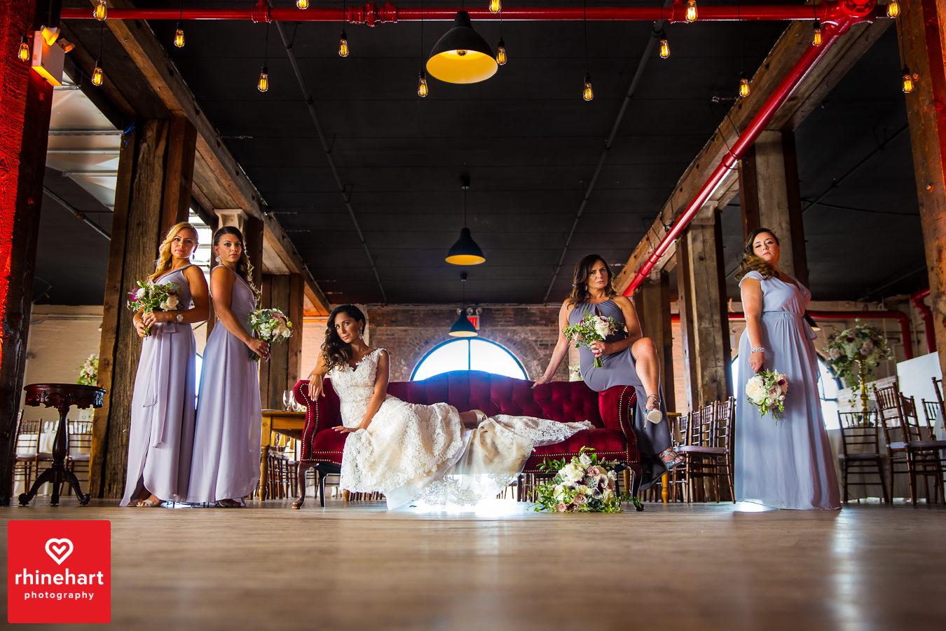 liberty-warehouse-wedding-photographers-creative-brooklyn-11