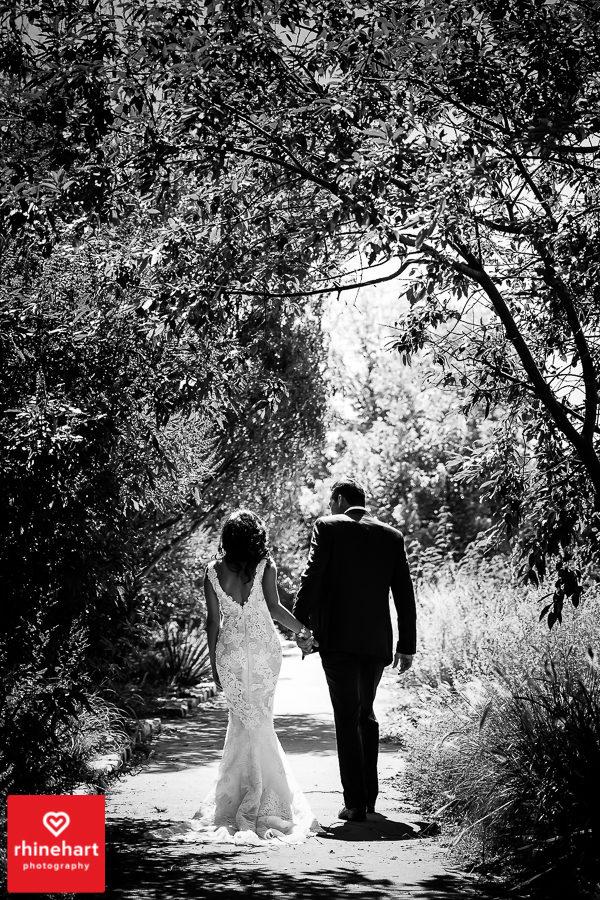 liberty-warehouse-wedding-photographers-creative-brooklyn-16