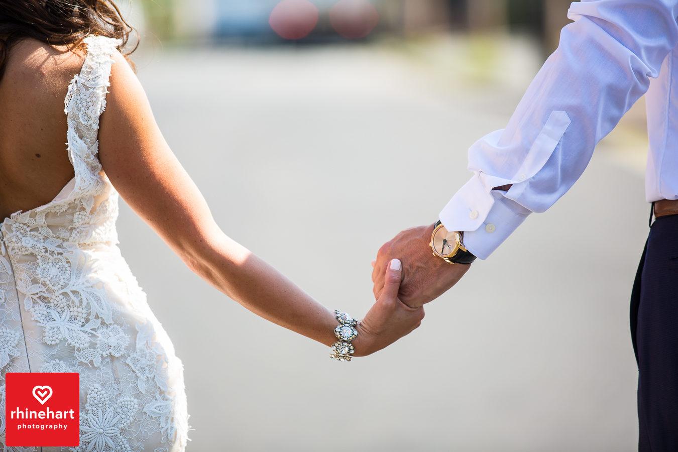 liberty-warehouse-wedding-photographers-creative-brooklyn-18