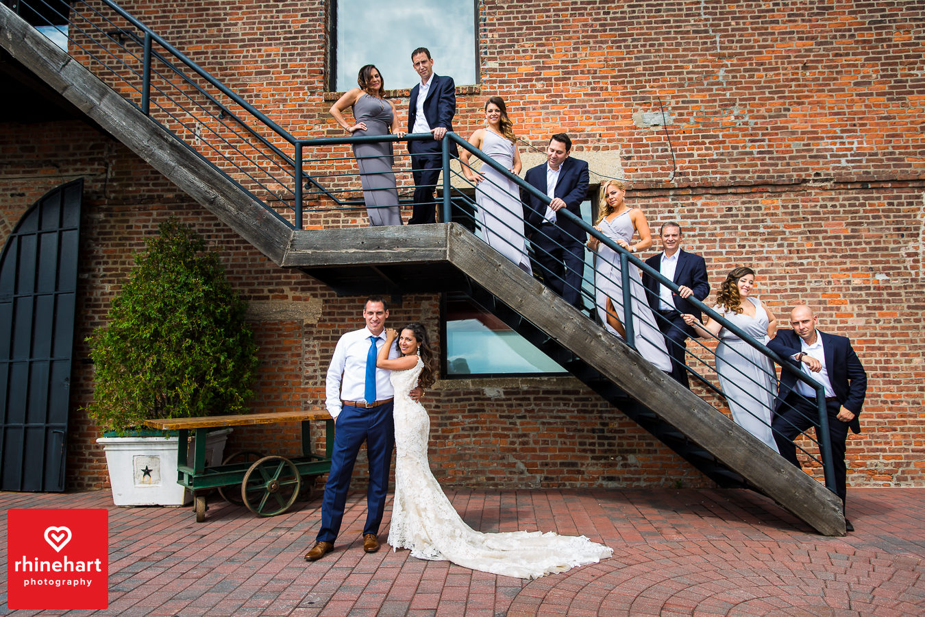 liberty-warehouse-wedding-photographers-creative-brooklyn-21