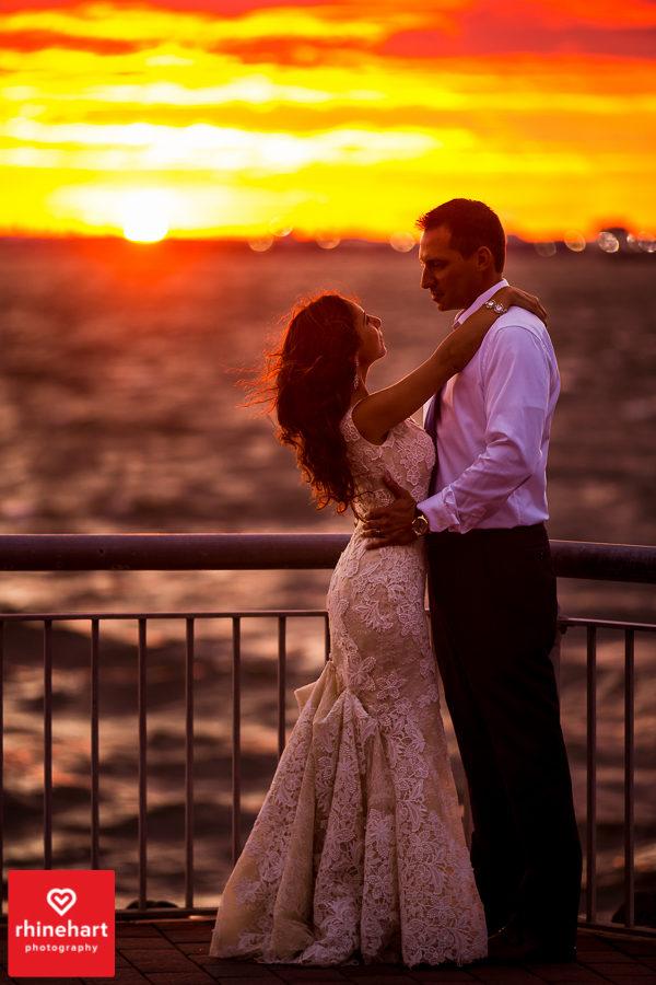 liberty-warehouse-wedding-photographers-creative-brooklyn-38