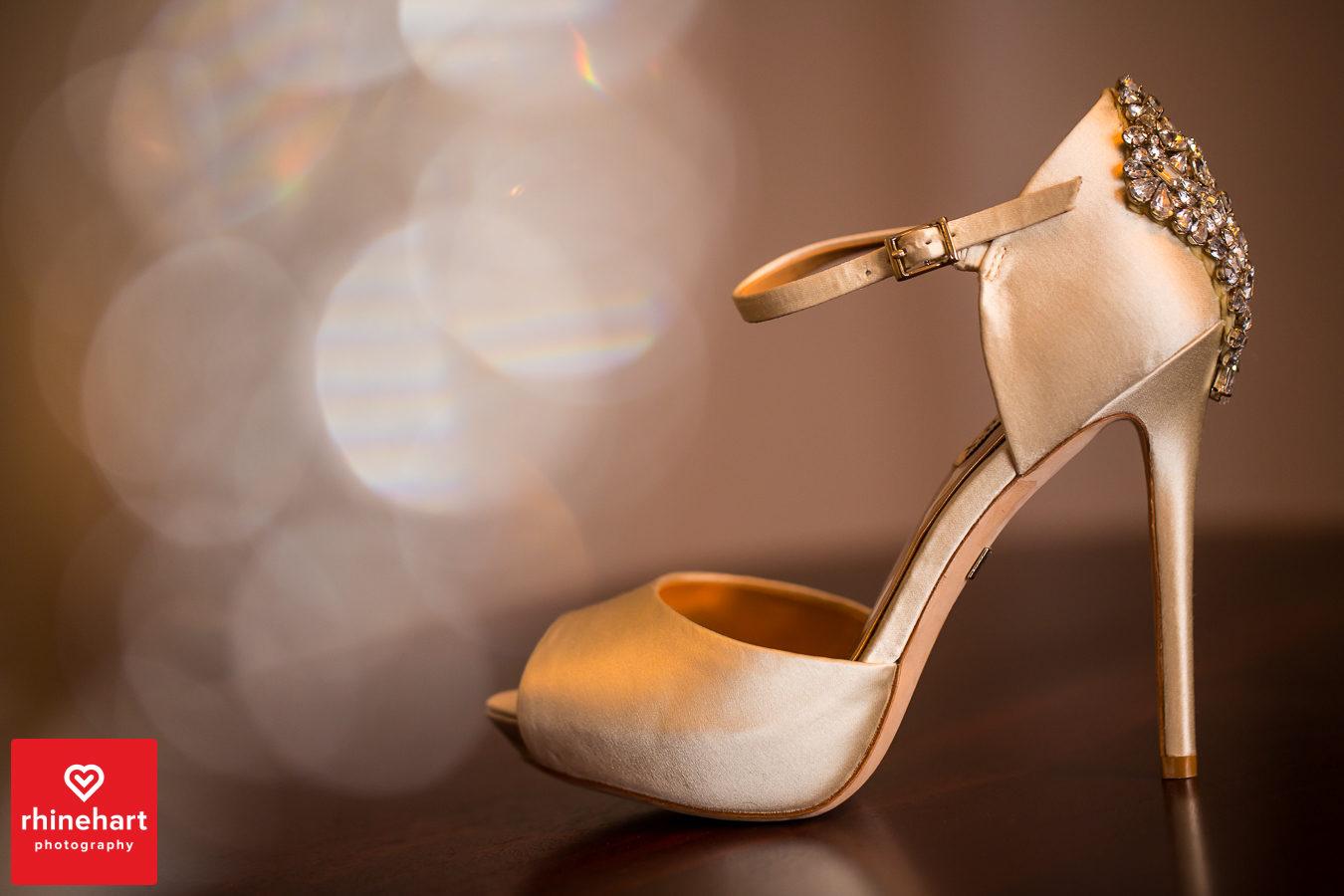 liberty-warehouse-wedding-photographers-creative-brooklyn-5