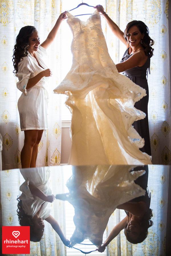 liberty-warehouse-wedding-photographers-creative-brooklyn-6