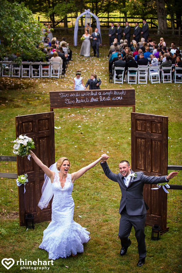 creative-unique-artistic-best-top-colorful-vibrant-emotional-pa-wedding-photographers-12