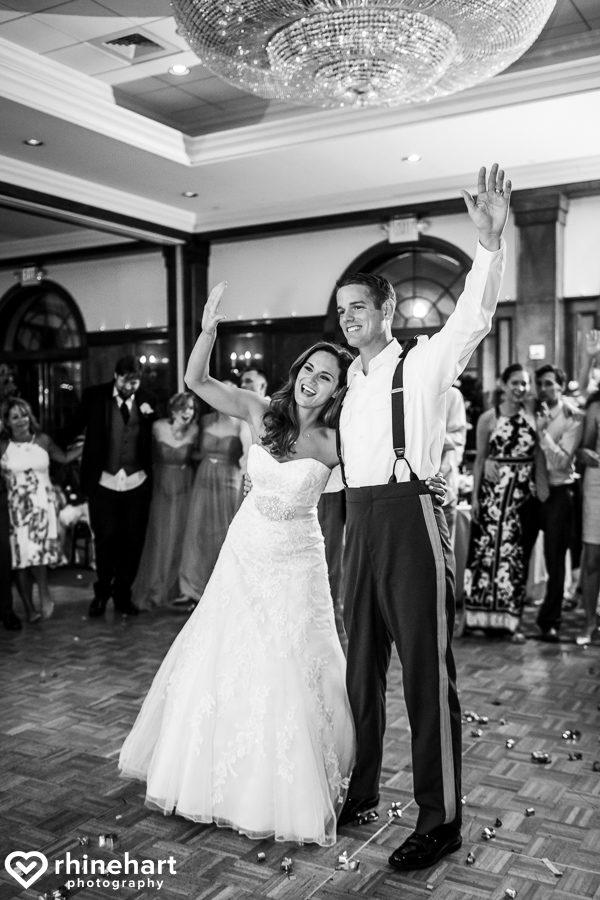 best-skytop-lodge-wedding-photographers-poconos-unique-creative-natural-candid-9