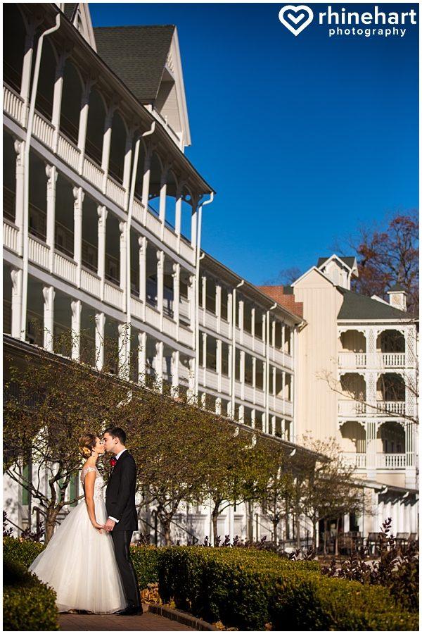 omni-bedford-springs-resort-wedding-photographers-best-top-creative-unique-artistic-colorful-elegant-fun-pa-17