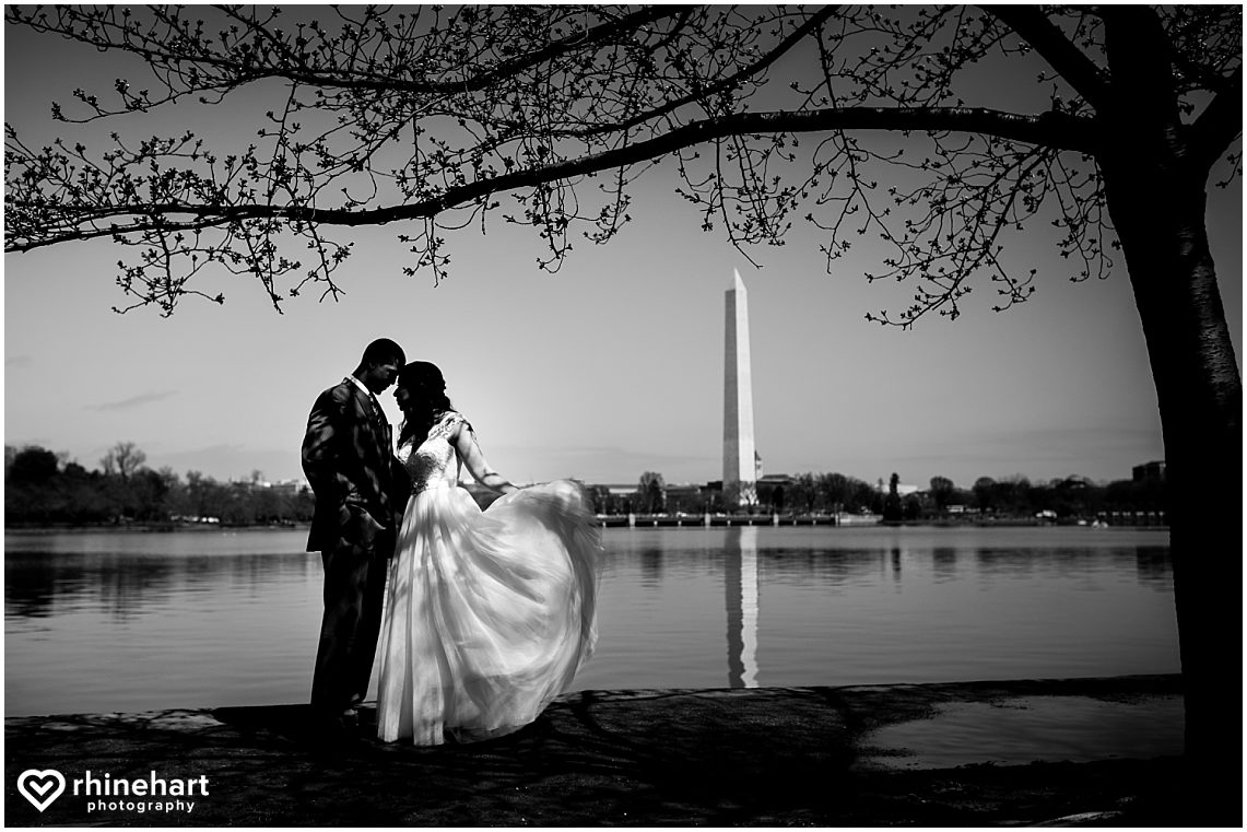 best-dc-wedding-photographers-cherry-blossoms-tidal-basin-monuments-iconic-washington-creative-unique-fun-friendly-artistic-10