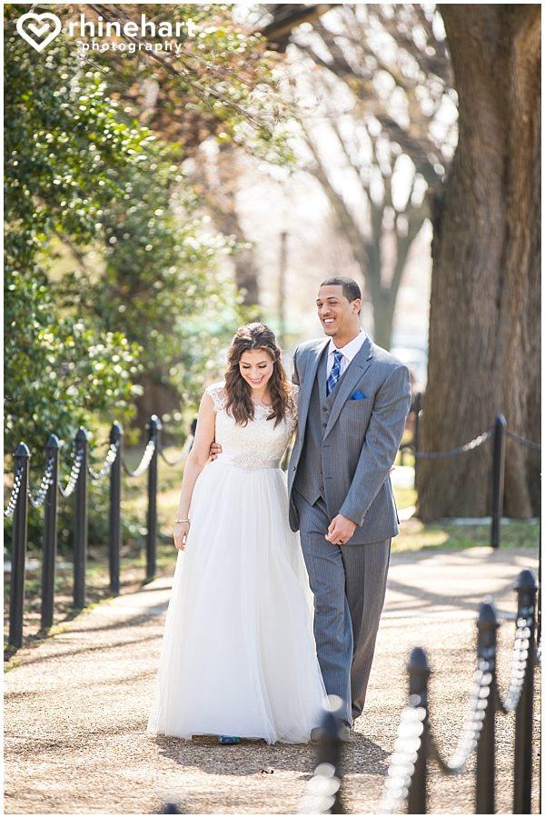 best-dc-wedding-photographers-cherry-blossoms-tidal-basin-monuments-iconic-washington-creative-unique-fun-friendly-artistic-4