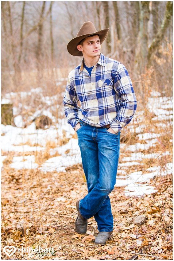 creative-unique-best-central-pa-photographers-senior-portrait-football-hunting-fishing-country-13