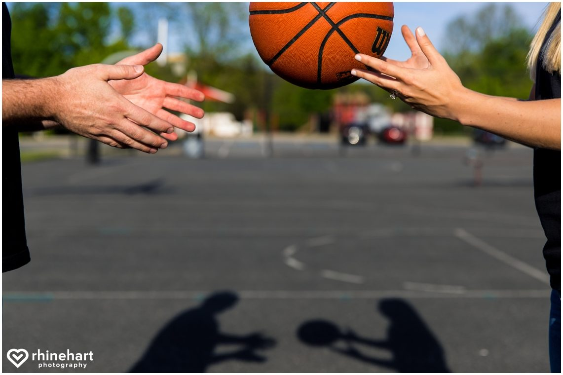 basketball-engagement-photos-pictures-creative-wedding-ideas-1