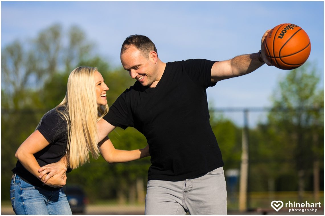 basketball-engagement-photos-pictures-creative-wedding-ideas-2
