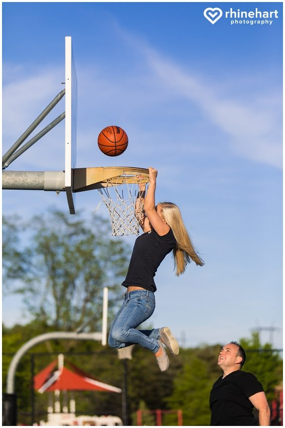 basketball-engagement-photos-pictures-creative-wedding-ideas-7