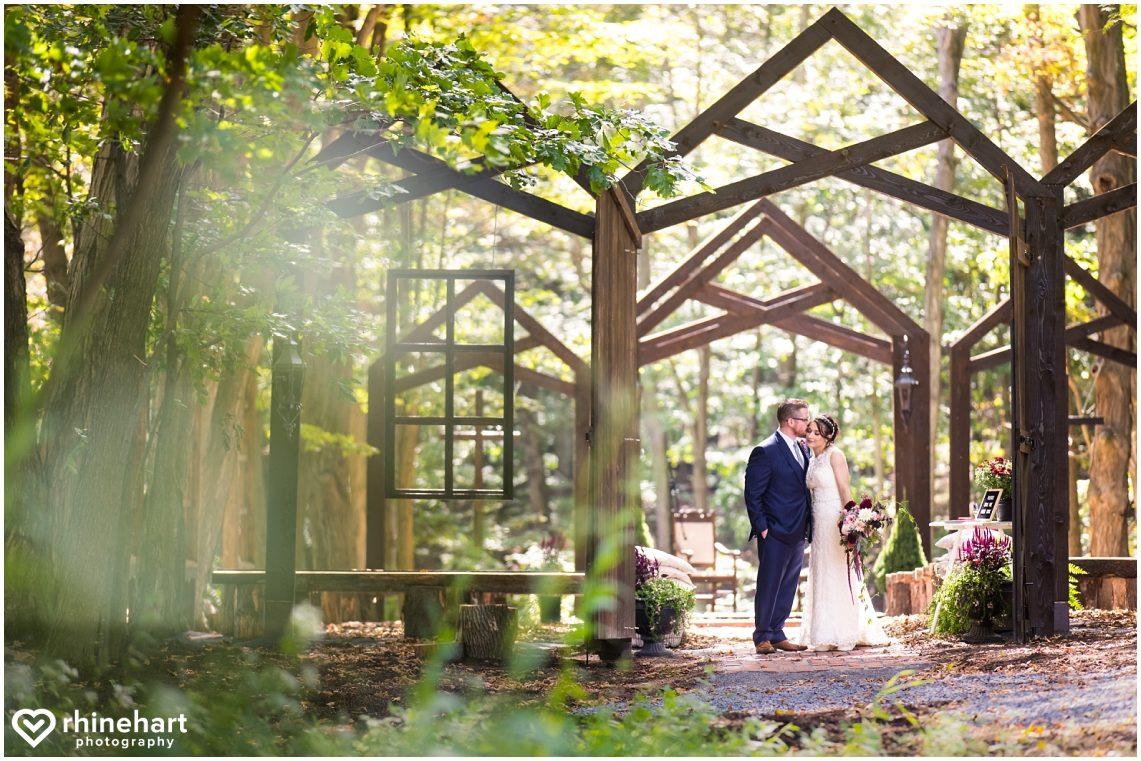 central-pa-wedding-photographers-creative-best-chambersburg-carlisle-mercersburg-gettysburg-mechanicsburg-colorful-romantic-23