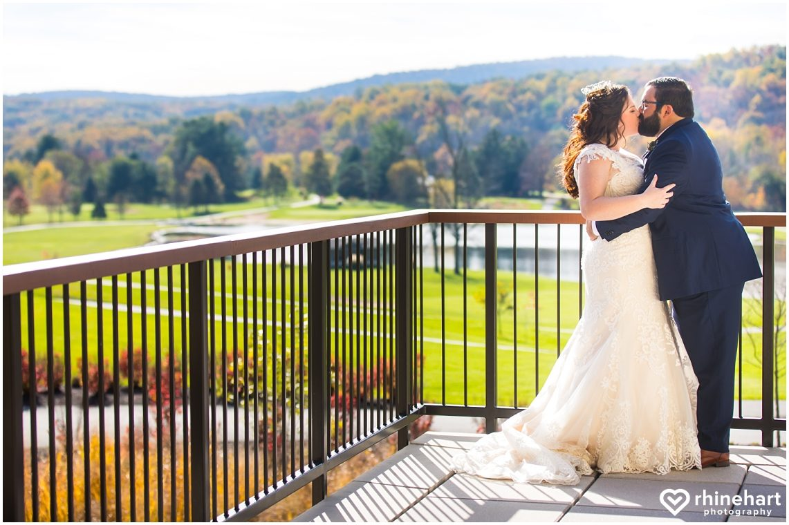 liberty-mountain-resort-wedding-photographers-creative-best-colorful-central-pa-15
