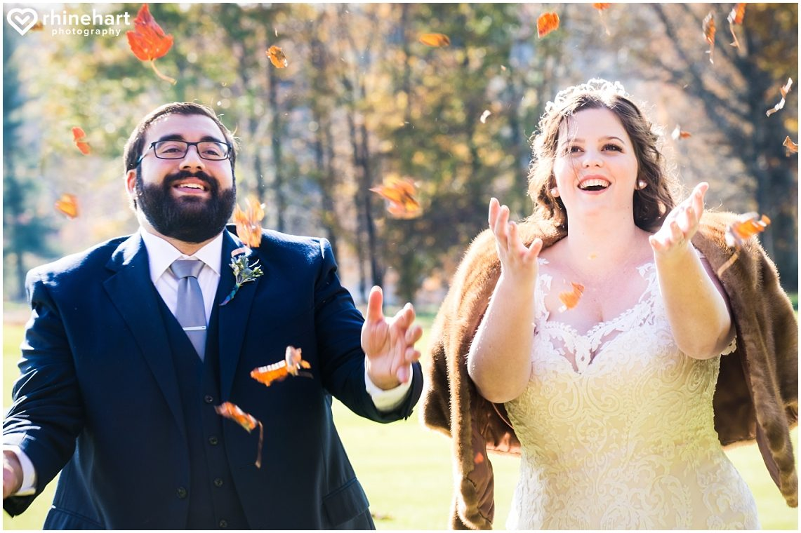 liberty-mountain-resort-wedding-photographers-creative-best-colorful-central-pa-22
