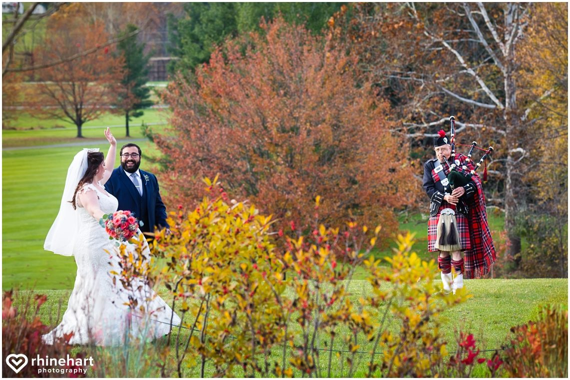 liberty-mountain-resort-wedding-photographers-creative-best-colorful-central-pa-24