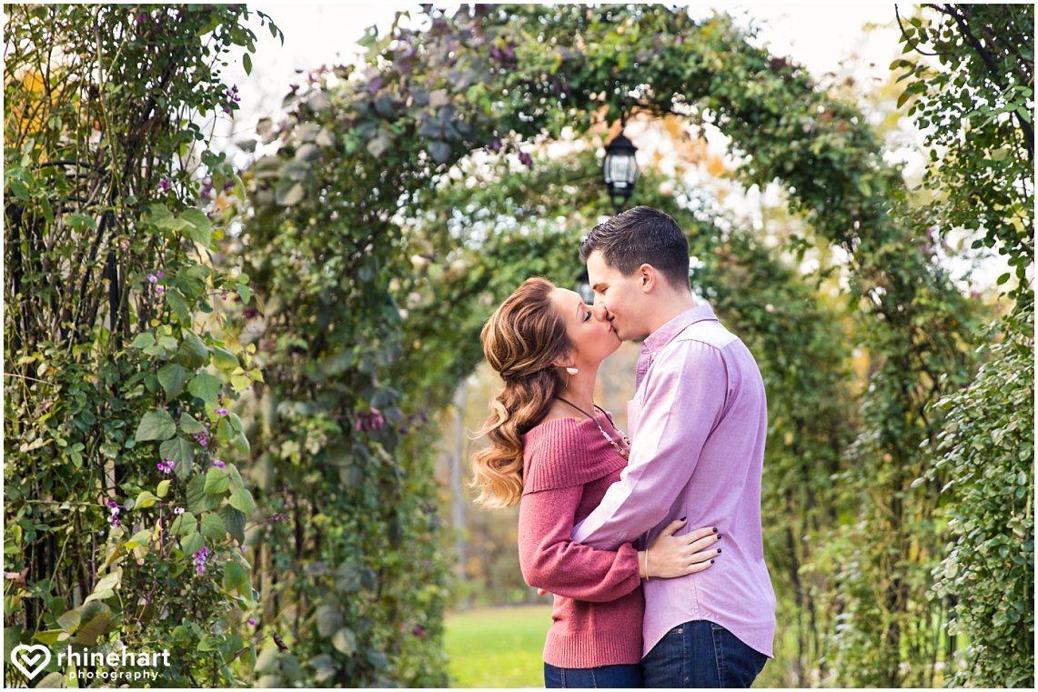 moonstone-manor-best-wedding-photographers-creative-harrisburg-elizabethtown-central-pa-1