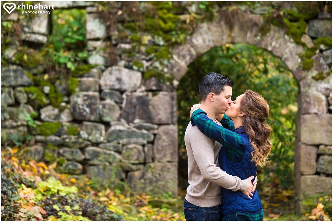 moonstone-manor-best-wedding-photographers-creative-harrisburg-elizabethtown-central-pa-15
