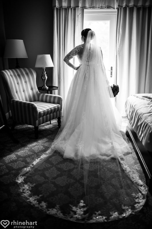 omni-bedford-springs-best-wedding-photographers-bedford-creative-unique-6