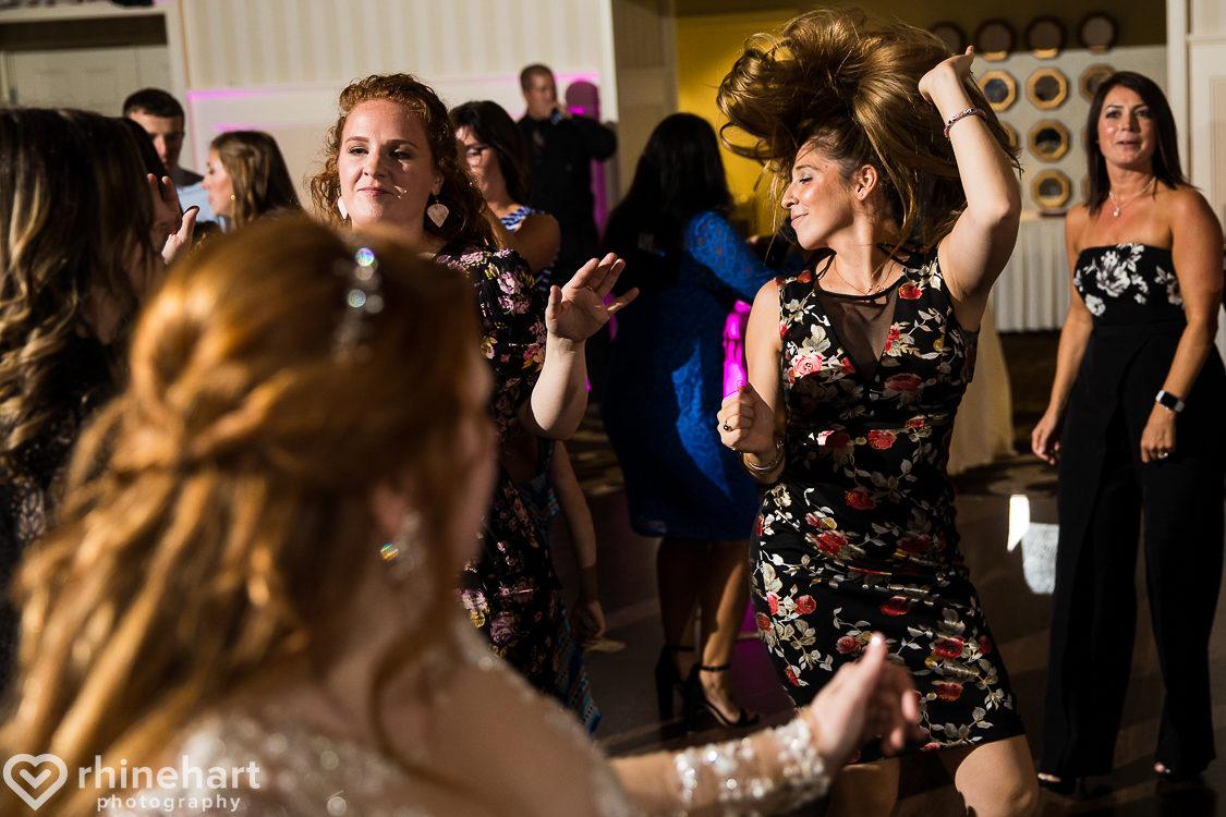 best-gettysburg-hotel-wedding-photographers-creative-artistic-46-2