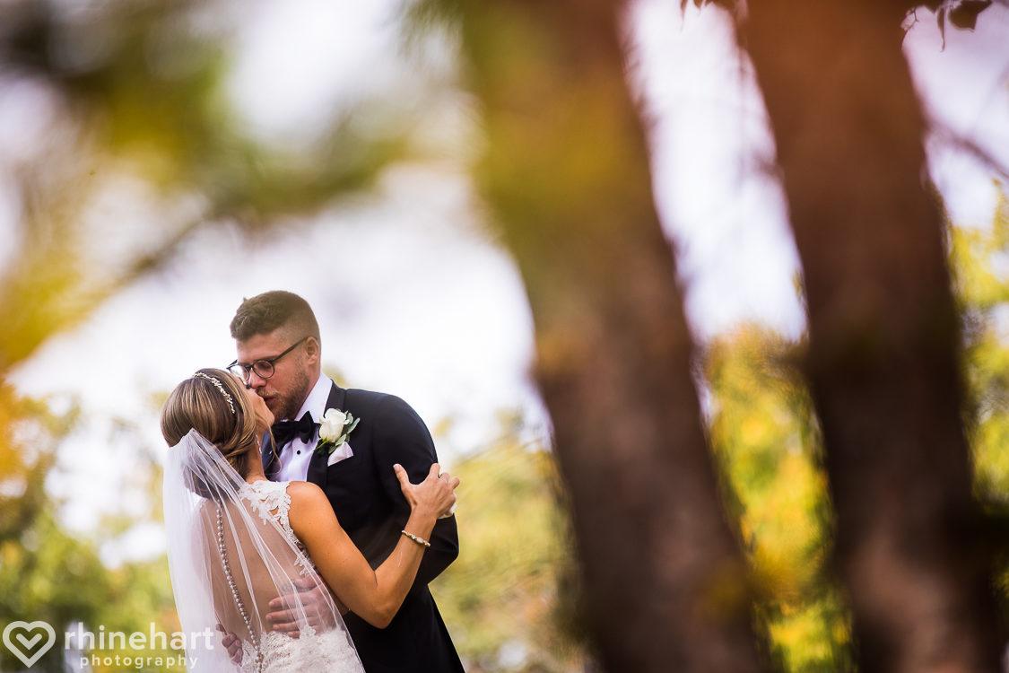 best-stroudmoor-wedding-photographers-country-inn-poconos-creative-unique-16