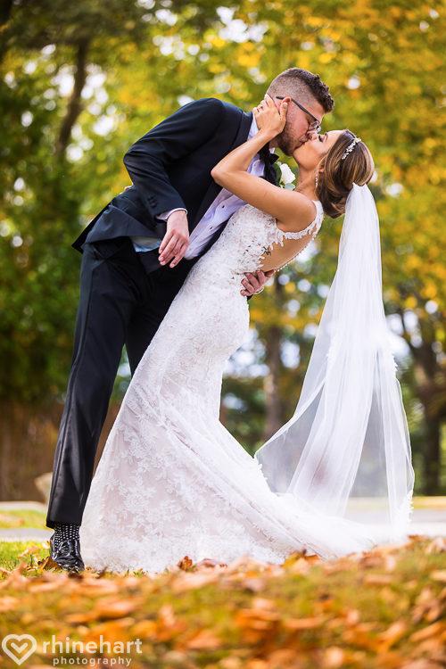 best-stroudmoor-wedding-photographers-country-inn-poconos-creative-unique-17