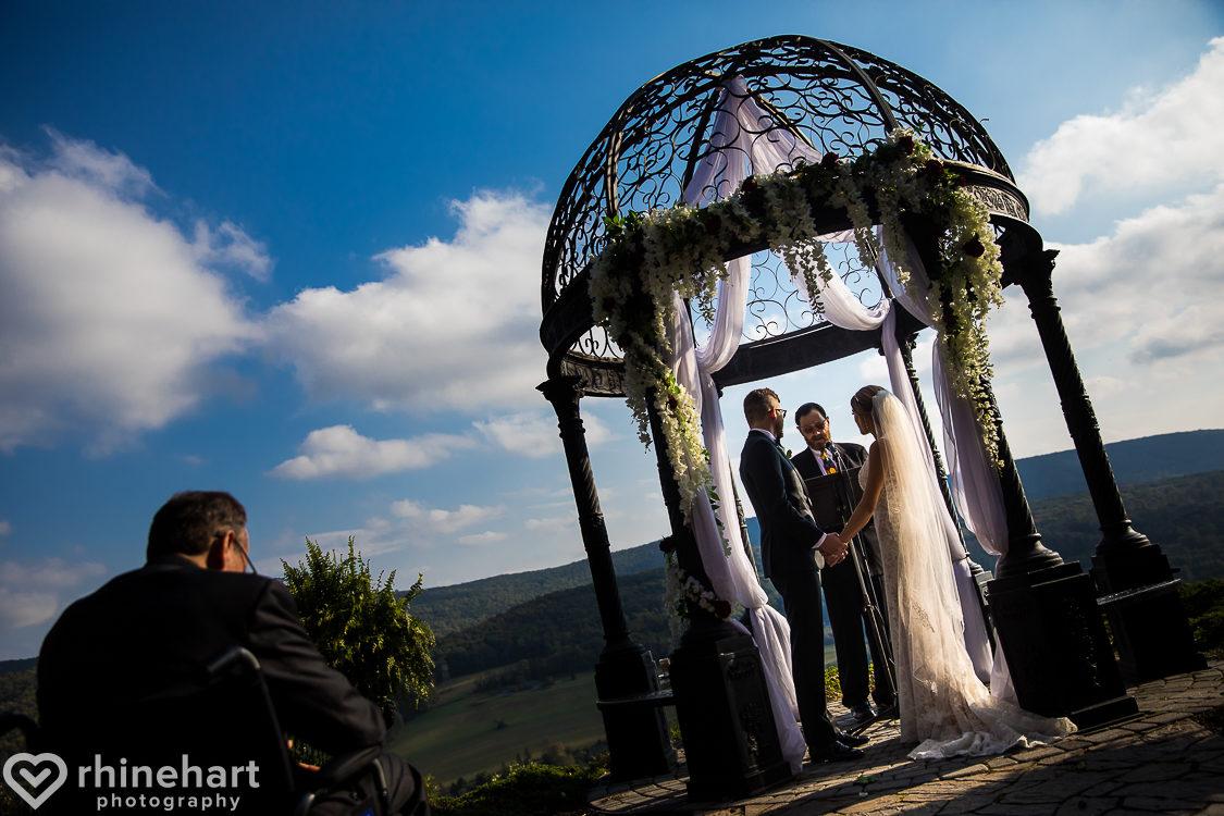 best-stroudmoor-wedding-photographers-country-inn-poconos-creative-unique-28