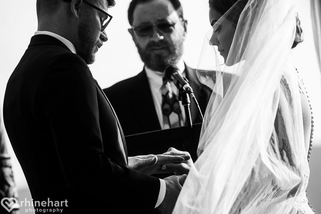 best-stroudmoor-wedding-photographers-country-inn-poconos-creative-unique-31