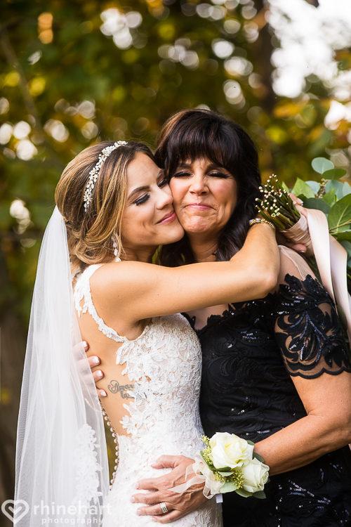 best-stroudmoor-wedding-photographers-country-inn-poconos-creative-unique-35