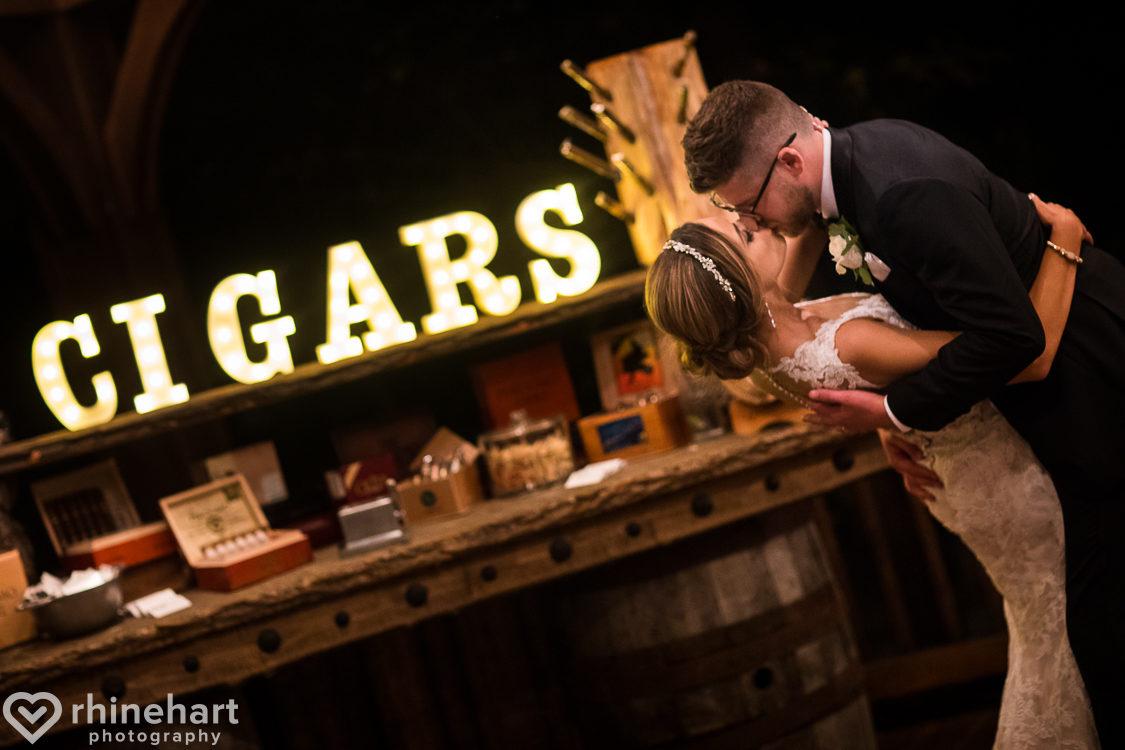best-stroudmoor-wedding-photographers-country-inn-poconos-creative-unique-46