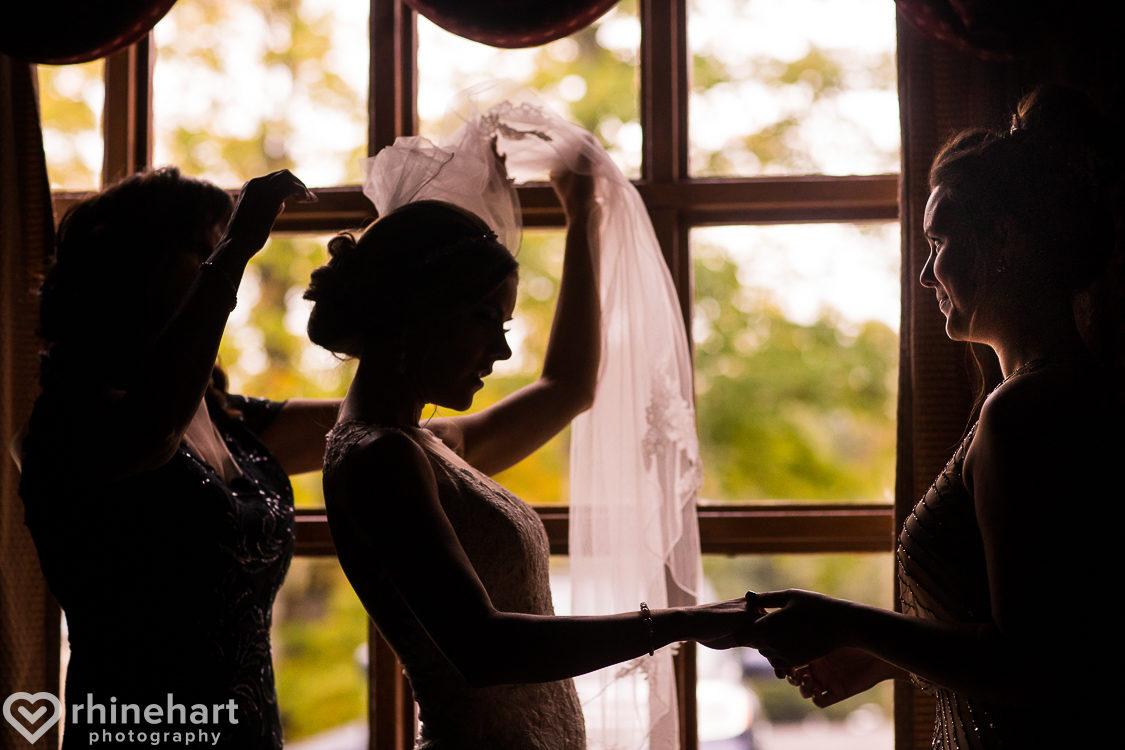 best-stroudmoor-wedding-photographers-country-inn-poconos-creative-unique-7