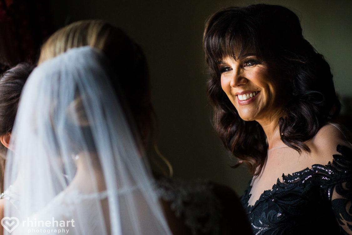 best-stroudmoor-wedding-photographers-country-inn-poconos-creative-unique-8