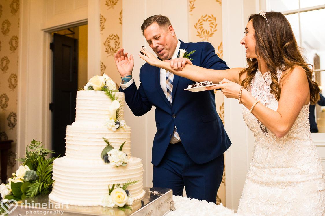 omni-bedford-springs-wedding-photographers-best-creative-43