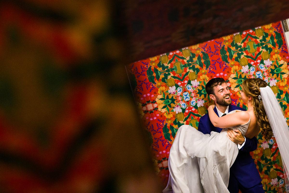 best-dc-elopement-photographers-covid-19-washington-creative-artistic-unique-small-wedding-1015-2