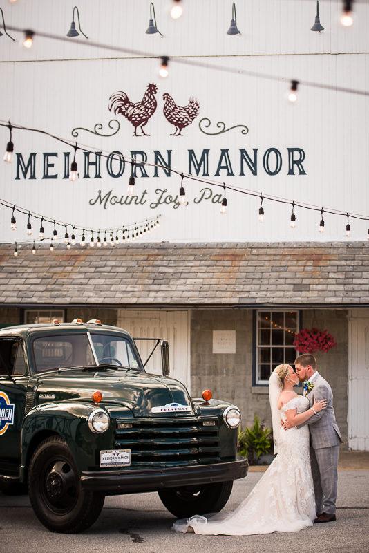 melhorn-manor-wedding-photographers-creative-best-122
