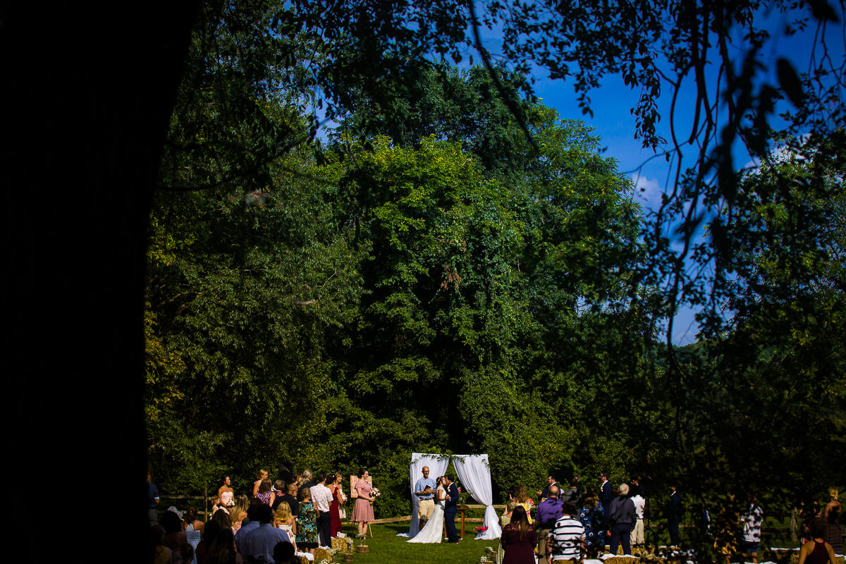 westchester-best-wedding-photographers-thornbury-farm-creative-artistic-vibrant-fun-31