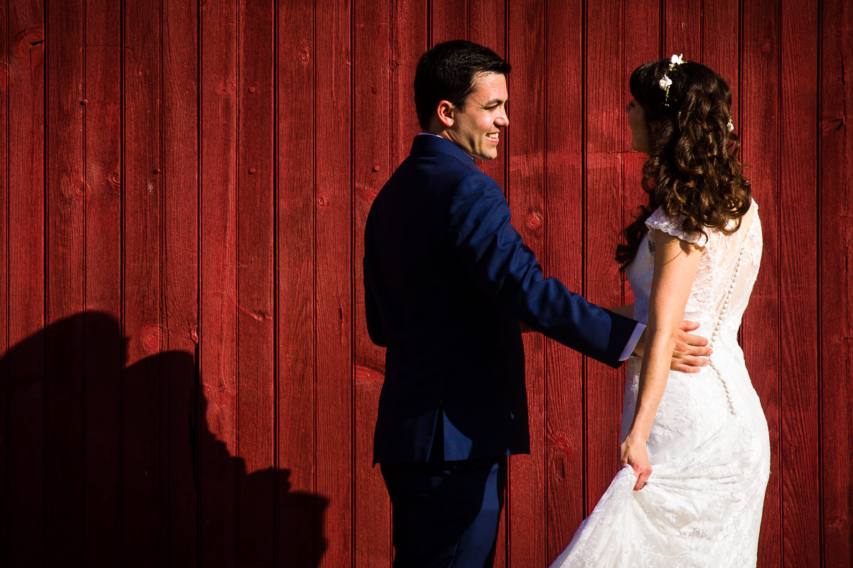 westchester-best-wedding-photographers-thornbury-farm-creative-artistic-vibrant-fun-40