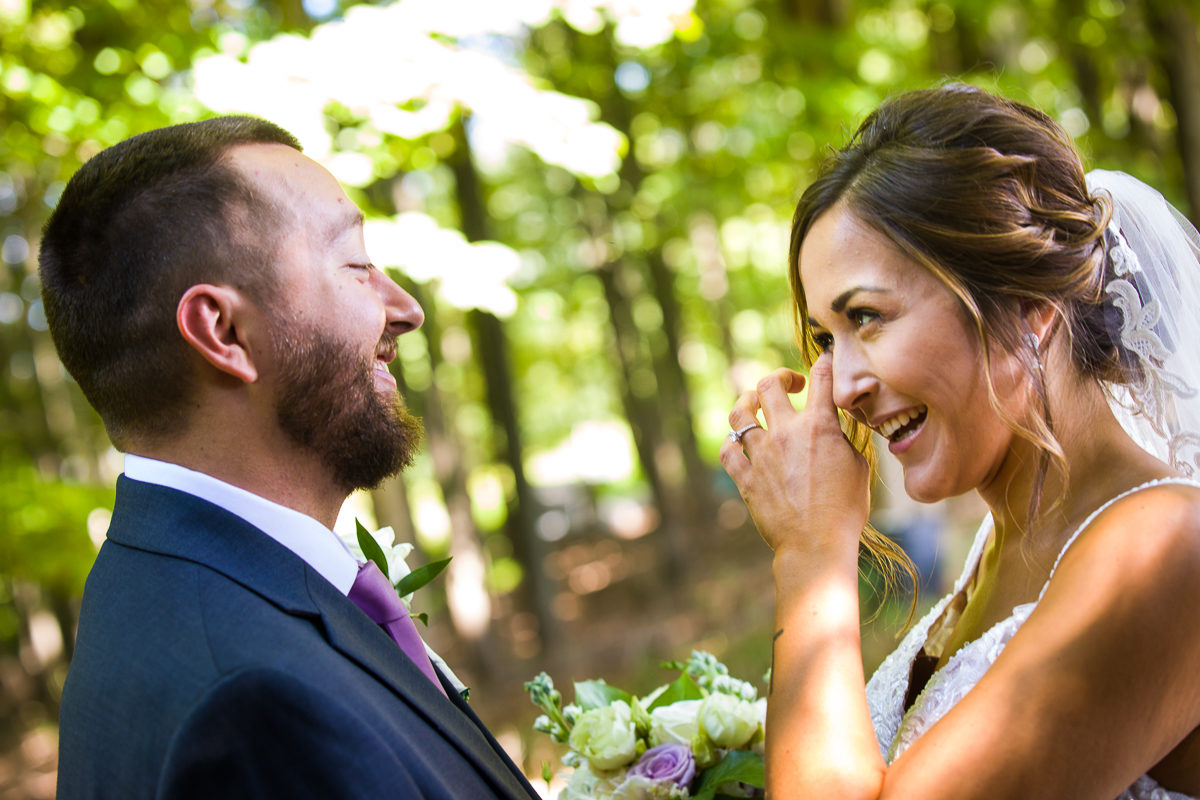 stroudsmoor-country-inn-stroudsburg-pocono-creative-best-wedding-photographers-16
