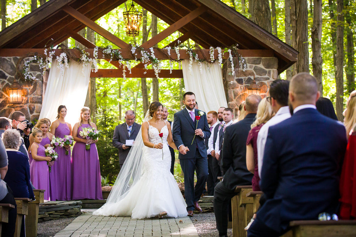 stroudsmoor-country-inn-stroudsburg-pocono-creative-best-wedding-photographers-33