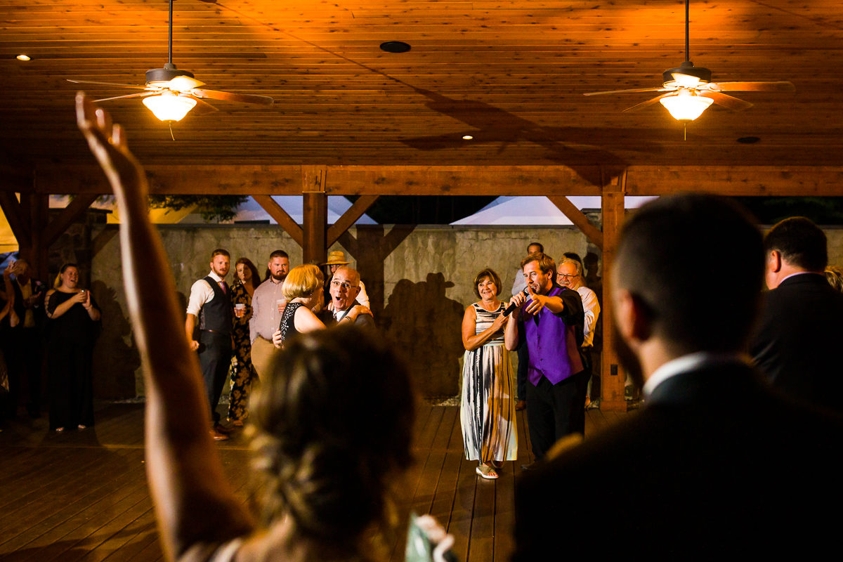 stroudsmoor-country-inn-stroudsburg-pocono-creative-best-wedding-photographers-52
