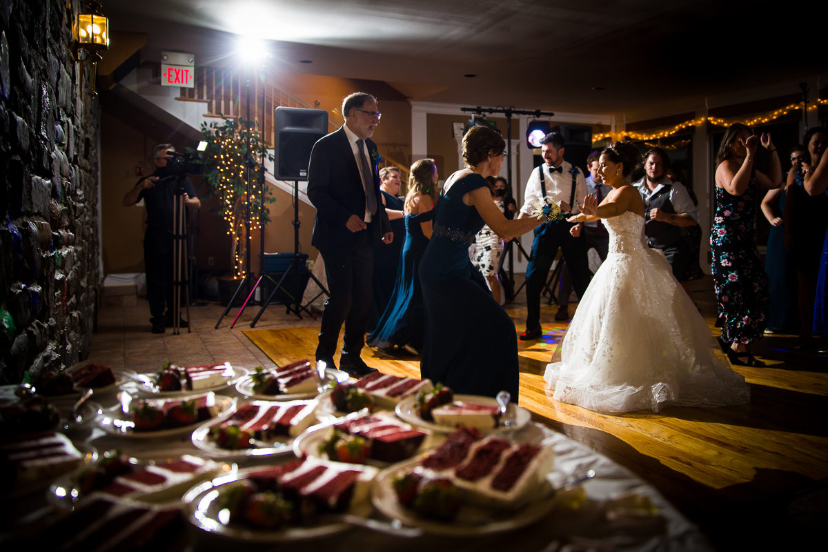 morningside-inn-wedding-photographers-frederick-md-best-creative-156